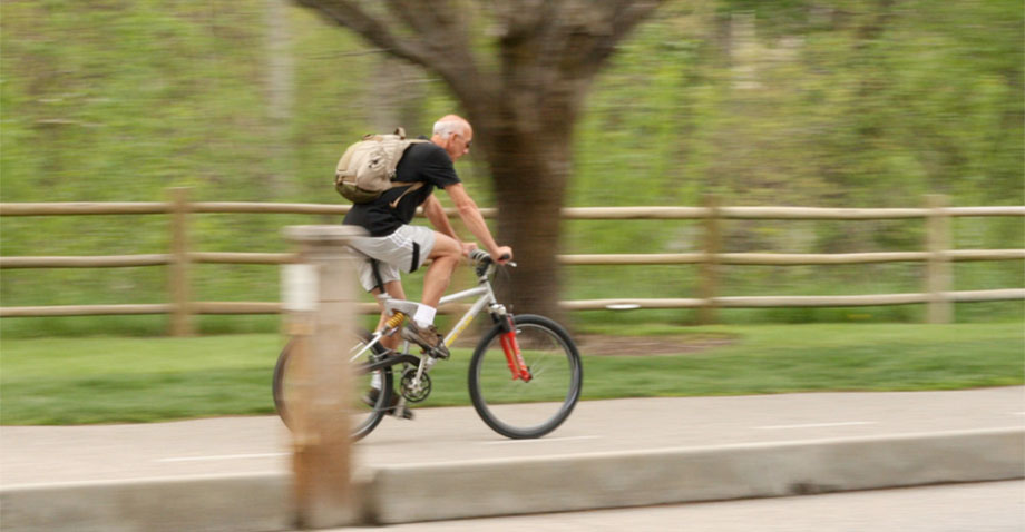 Many people commute to work in Boise using the trails on the Greenbelt.