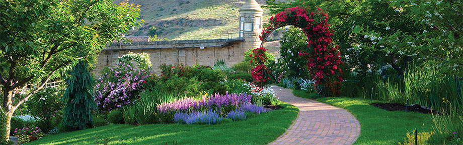 The Idaho Botanical Garden features native plants, an outdoor summer concert series, and a winter festival.